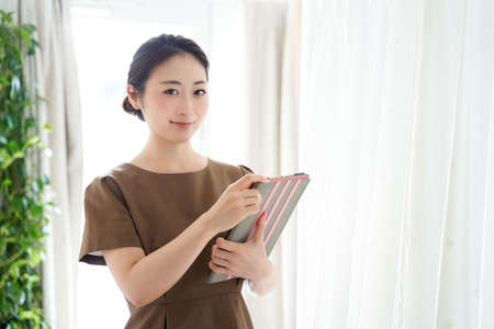 Japanese woman working in a beauty salon
