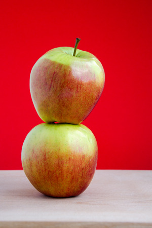 熟した: 熟したリンゴ 写真素材