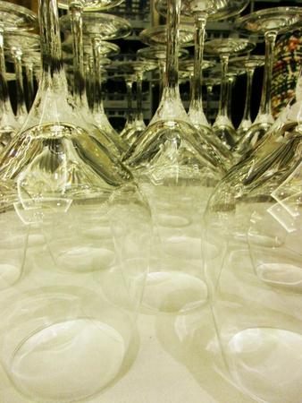 shiny: Much space for wine
