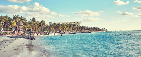 Caribbean Island with very nice beaches next to Cancun / North Beach of