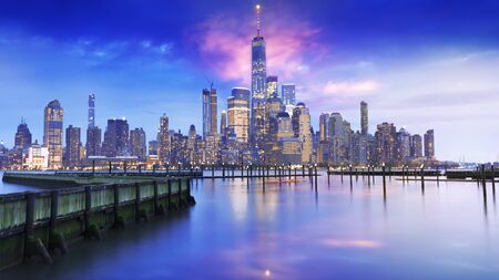 amazing view lower Manhattan , financial district with sunset Фото со стока - 136614459