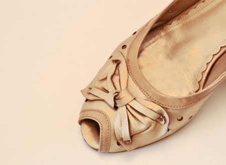 beige shoe with bow photo