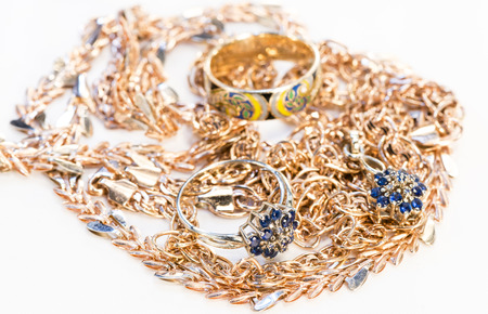 gold and platinum jewelry for women photo