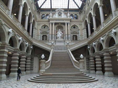 wiedeń: Główna sala w Wiedniu Pałacu Sprawiedliwości