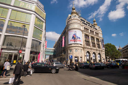 Printemps Haussmann mall in Paris, France (24 June 2018) 新聞圖片