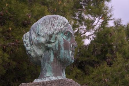 garibaldi: bronze head of anita garibaldi
