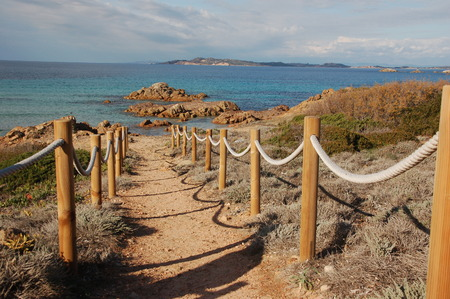 walk to the beach 2