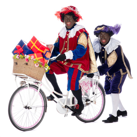 piet: Zwarte piet is going to bring the presents to the children