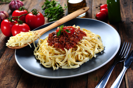 Bolognese noodles pasta photo