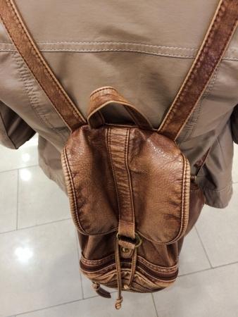 shoulder bag: Shoulder bag