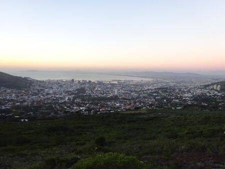 View over Camps Bay, Table Mountain, South Africa, Africa 版權商用圖片 - 128725356