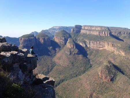 Man with Three Rondawels in Mpumalanga Province, South Africa 版權商用圖片 - 128725580
