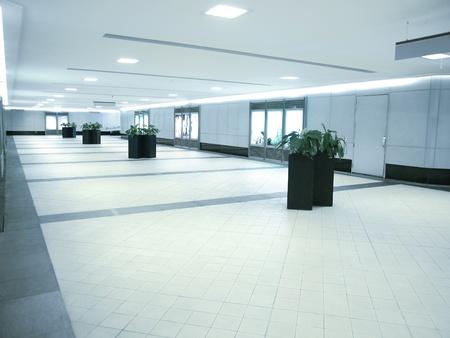 통로: Underground passage