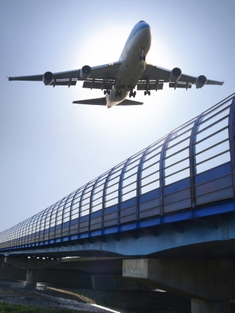 Airplane landing Stock Photo - 9412237