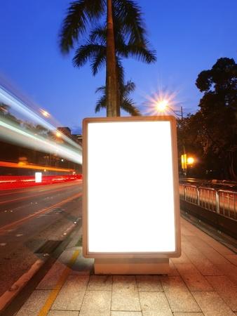 blank billboard: Blank Billboard auf B?rgersteig