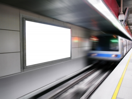 Blank billboard in subway station Stockfoto