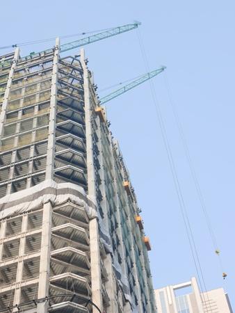 하부 구조: 건설중인 건물