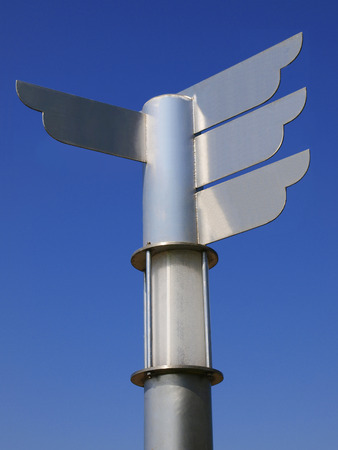 to designate: Blank metal direction signpost
