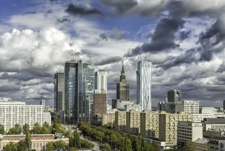 warszawa: Downtown Warsaw at sunny autumn afternoon with dramatic clouds, Poland