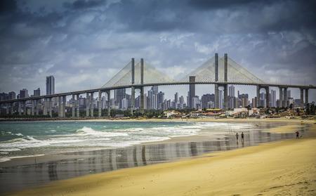 나 바로 다리, 브라질 나탈 해변의 도시 스톡 콘텐츠