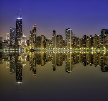night view: Downtown Chicago Magnificent Mile by night