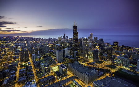 Chicago skyline aerial view at dusk 스톡 콘텐츠