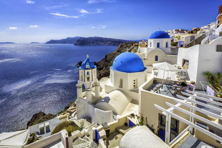 Santorini blue dome churches, Greece Imagens