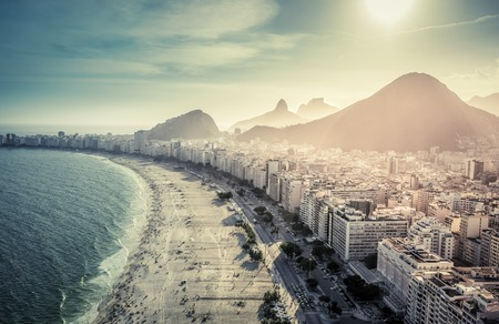 Aerial view of famous Copacabana Beach in Rio de Janeiro, Brazil Foto de archivo