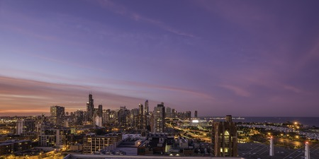 chicago city: Chicago Downtown skyline at dusk