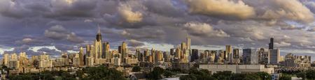 劇的な空のパノラマ シカゴ ダウンタウン