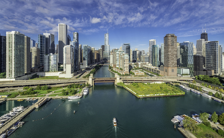 シカゴ川とシカゴ市街空撮 写真素材
