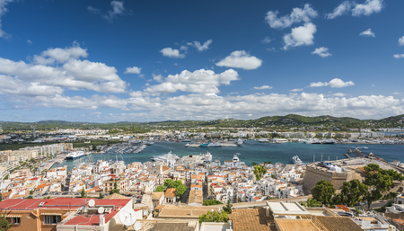 High angle view of Eivissa port and old town buildings, Ibiza, Spain Stockfoto