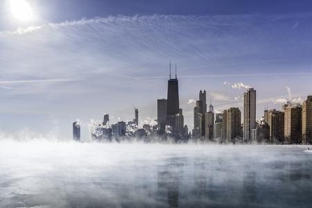 Fog covers Lake Michigan along Chicago Downtown shoreline. Winter polar vortex Reklamní fotografie