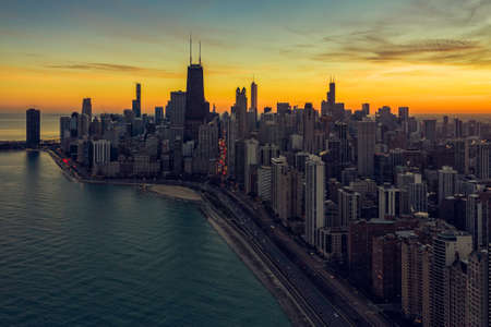 Sunset above Chicago Downtown, United States. Aerial view 版權商用圖片