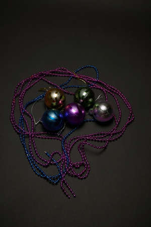 Christmas balls on a dark background, new year, christmas toys, holiday, christmas 免版税图像