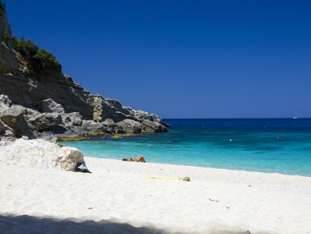 sardaigne: Bay of Lovers, c'est une petite baie dans le golfe d'Orosei Sardaigne Italie