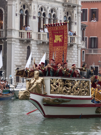 historical events: VENICE - SEPTEMBER 4 :  parade of historic boats held on September 4, 2011