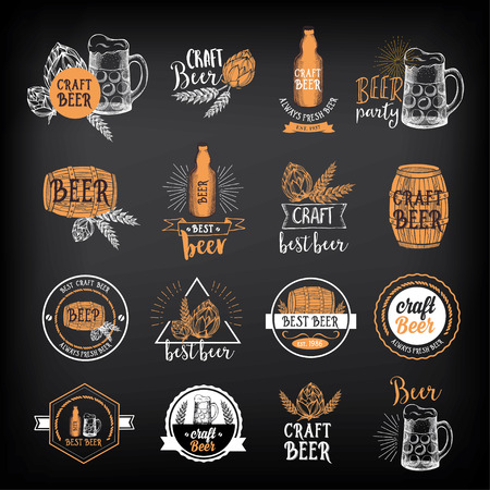 Bier restaurant badges vector, alcohol menu design. Stock Illustratie