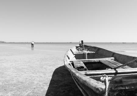 hua hin: Hua hin Beach  and boat