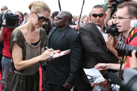 KRAKOW, POLAND - JUNE 28, 2008: Avenue of Stars Radio RMF FM, op Celine Dion Rene Angelil Editorial