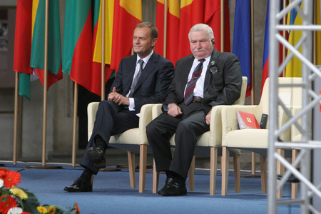 KRAKOW, POLAND - JUNE 04, 2009: 20th Anniversary of the collapse of Communism in Central Europe op Polish Prime Minister Donald Tusk Lech Walesa