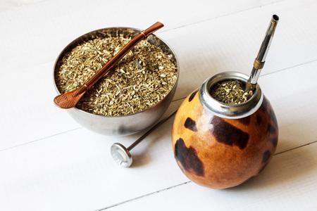 traditional yerba mate drink in gourd matero 免版税图像