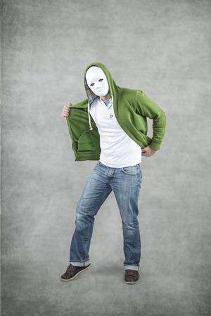 felonious: dance with the bully