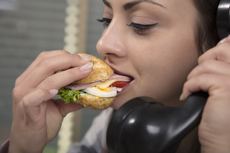 energy needs: Eating during a telephone call