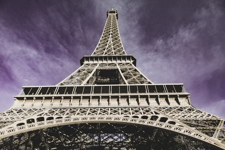 The Eiffel Tower in Paris 스톡 콘텐츠