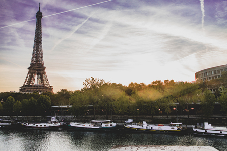 The Seine and Eiffel tower, Paris 스톡 콘텐츠