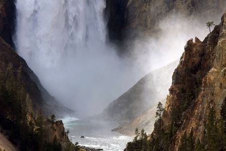yellowstone: Yellowstone Fall