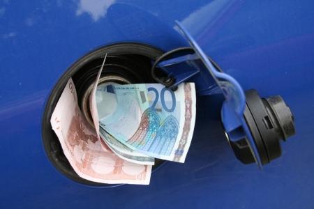 돈을 못 탱크 스톡 콘텐츠 - 11833228