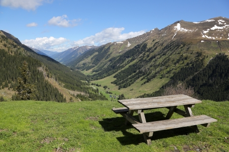 Mountain Road en Estiria, Alpes Autraian Foto de archivo
