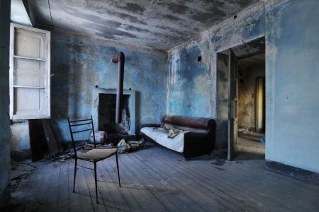 Vieux chambre abandonnée Banque d'images